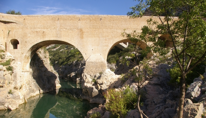 The Legend Of The Pont Du Diable Devil S Bridge Herault